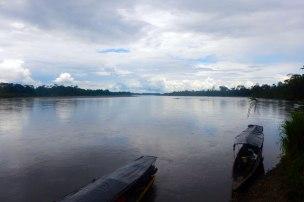 Santa Rosa: Stimmung am Rio Napo